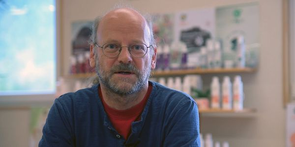 Video Martin Sanoll, Kosmetik