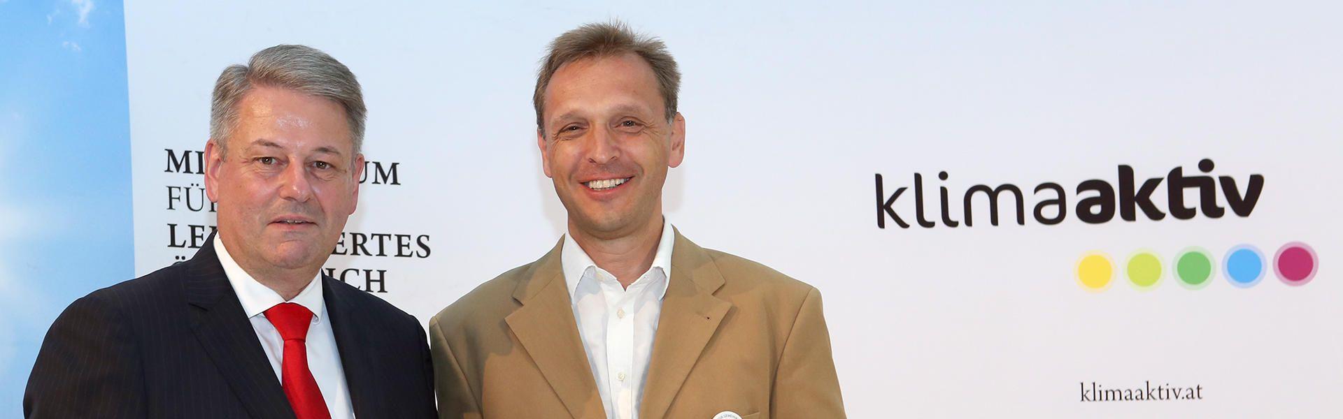 Bundesminister Andrä Rupprechter & GfG Vorstand Fritz Fessler // klimaaktiv/APA-Fotoservice/Bargad